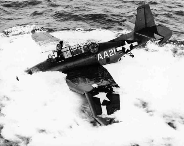 e98cb98423f8cdf705f98091667e2ba2--aeroplanes-military-aircraft