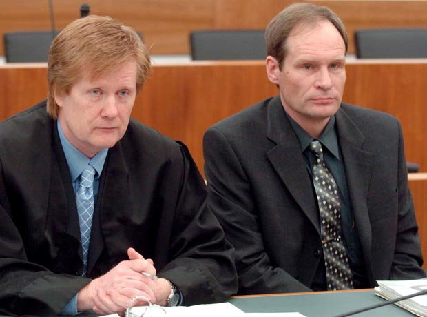 Armin-Meiwes-during-trial-in-2003-422838