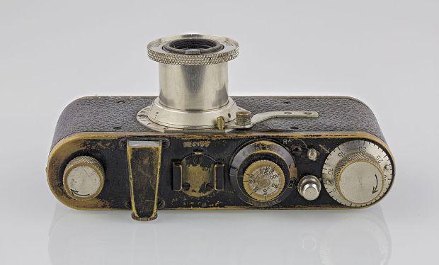 LEI0060_186_Leica_I_Sn.5193_1927_Originalzustand_Top_liegend-FS_5581