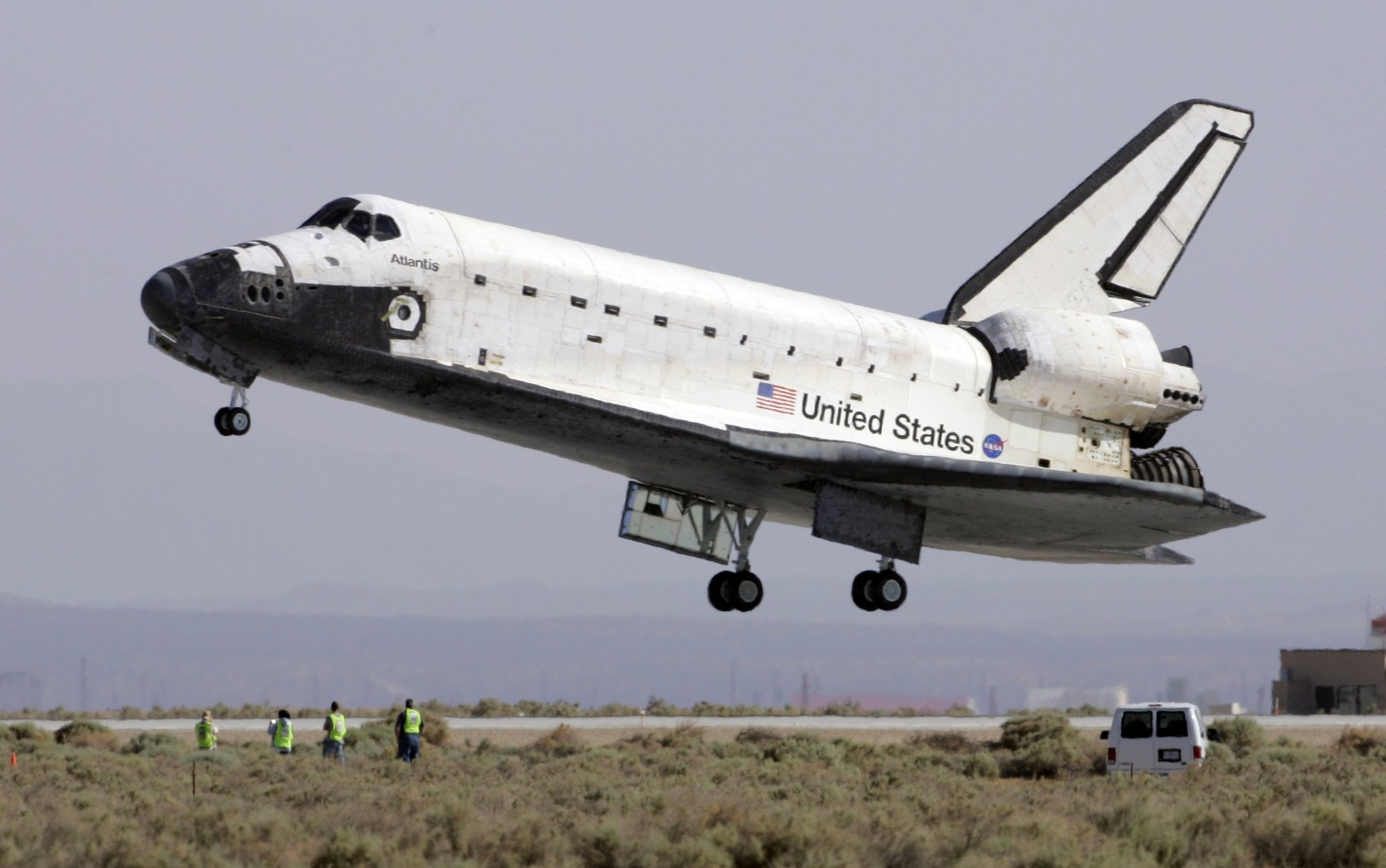 shuttle-landingjpg-a79ae9547090adca