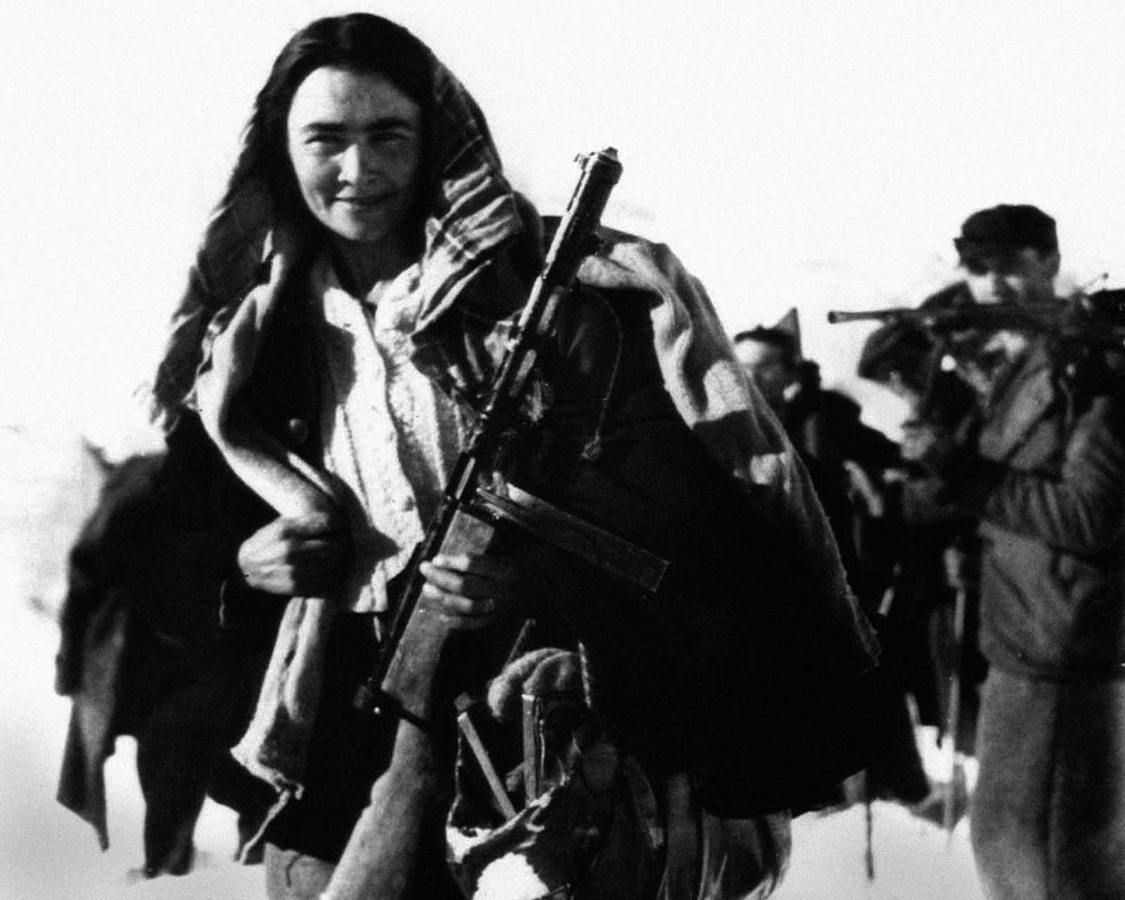 Women_during_World_War_II (15)