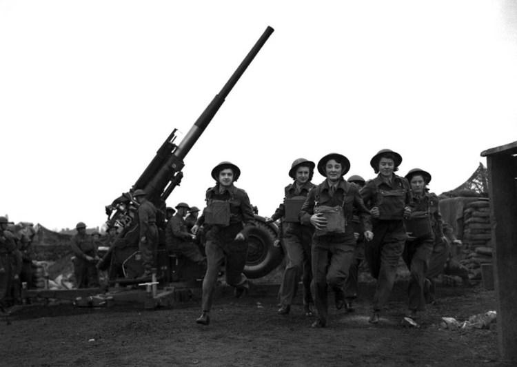 Women_during_World_War_II (20)