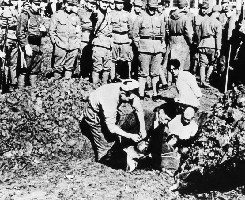 nanjing-massacre-buried-alive