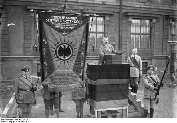 Verfassungsfeier, Hörsing vor dem Berliner Schloss