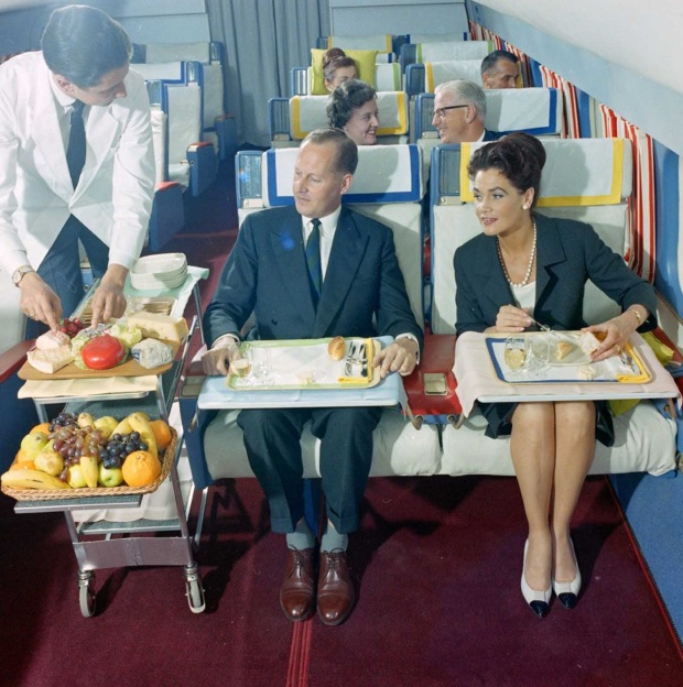 flying_first_class_1960s (1)