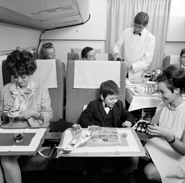 flying_first_class_1960s (3)