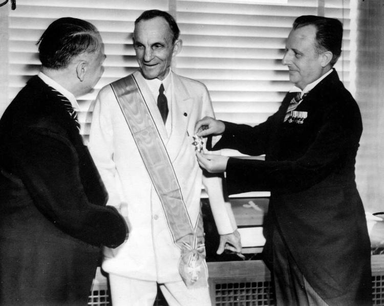 henry_ford_grand_cross_1938