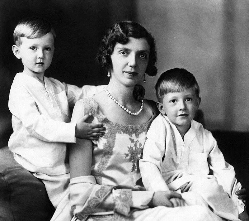 Princess_Mafalda_with_sons_1930s