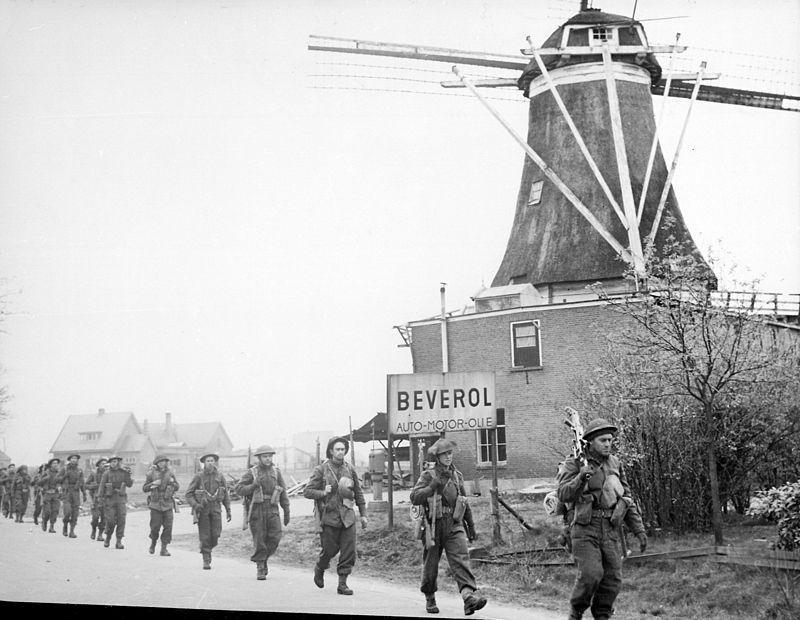 Holten-Rijssen_April_1945