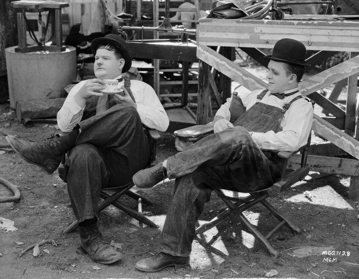 b72a4edce5dd972e56bdf359368c0505--stan-laurel-laurel-and-hardy