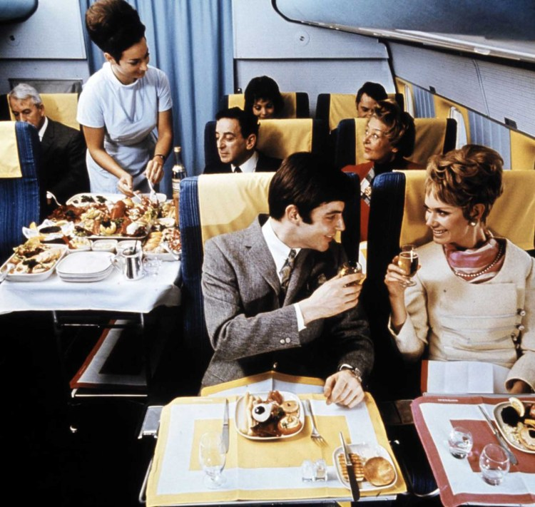 flying_first_class_1960s (14)