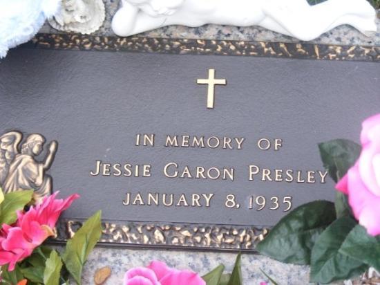 in-memory-of-jessie-garon