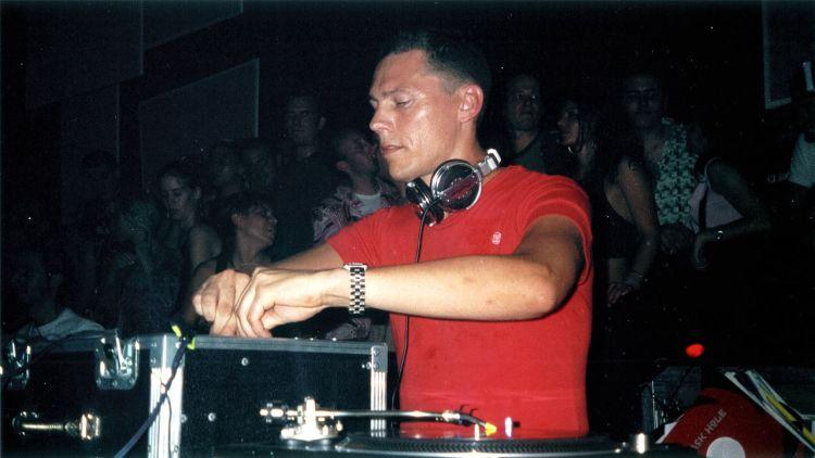Tiësto_2003