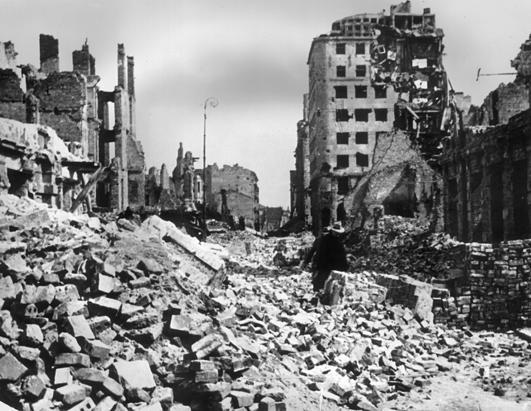 ruined_buildings_ss_jp_120823_ssh