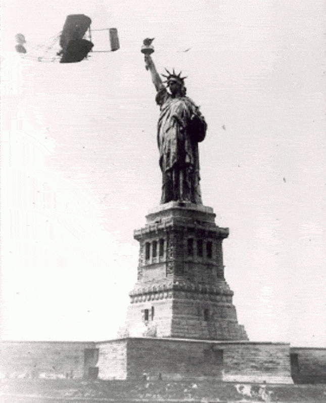 flying-by-statue-liberty