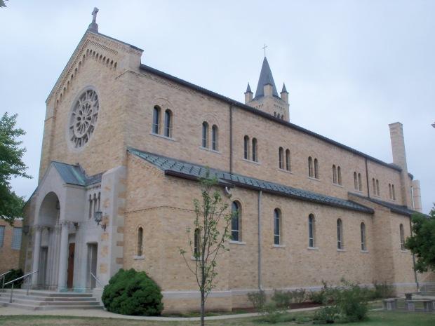 Sacred_Heart_Church_-_New_Philadelphia,_Ohio_2012-07-20