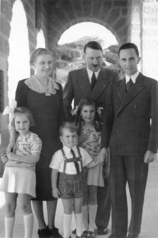 Obersalzberg, Besuch Familie Goebbels bei Hitler