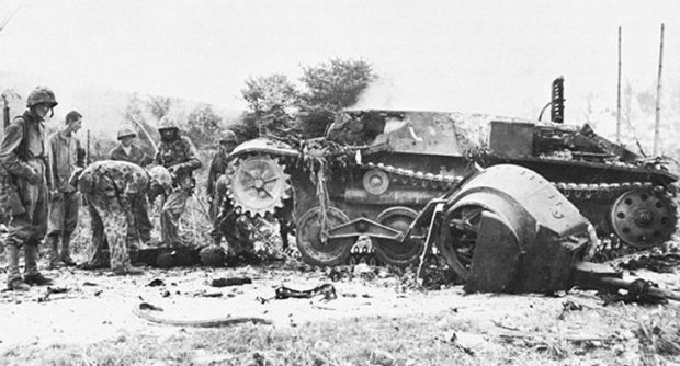 how-one-man-destroyed-five-enemy-tanks