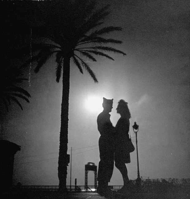 old-photos-vintage-war-couples-love-romance-43-5734717b16c46__880