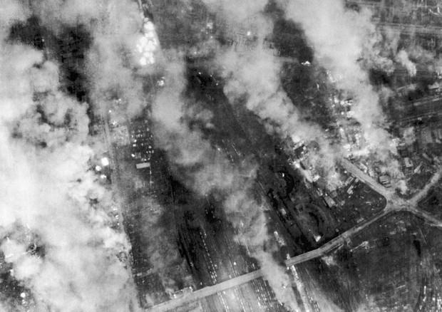 dresden_bombed_1945_5