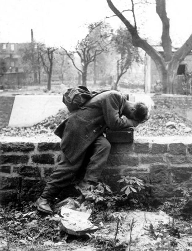 German Soldier returning home Tony Vaccaro