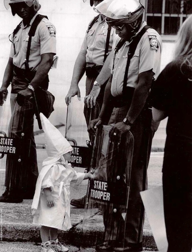 A KKK child and a black State Trooper meet each other, 1992 2