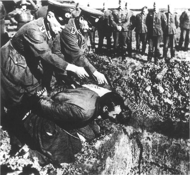 gestapo-executes-russian-peasants-second-world-war-01